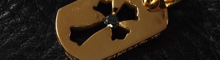 カットアウトクロス22K(タイニー) 1ブラックダイヤカスタム