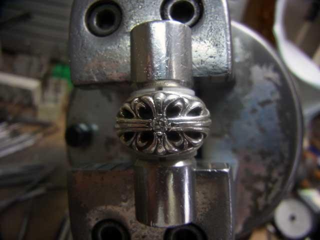 フローラルクロスリング1ダイヤです