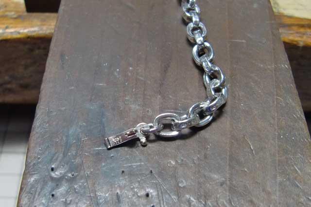 ネックレスの金具も14Kです