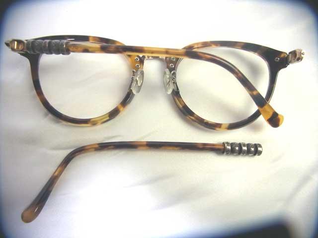 修理前のメガネ