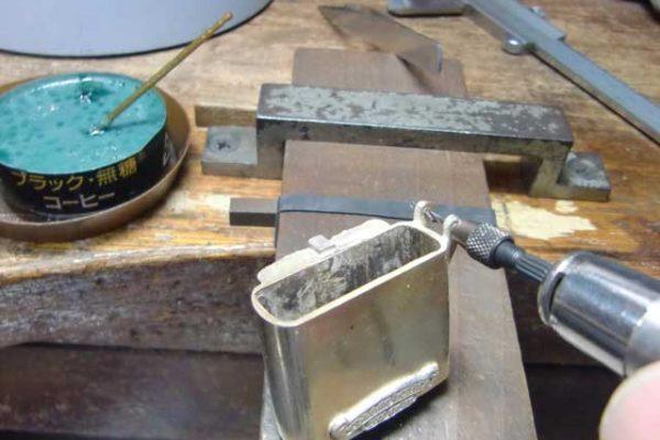 クロムハーツCHクロスジッポライターの修理