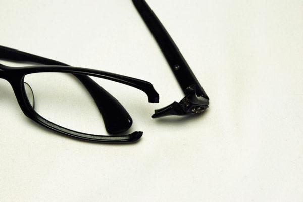 クロムハーツのメガネ、ダッチラダー を修理しました。