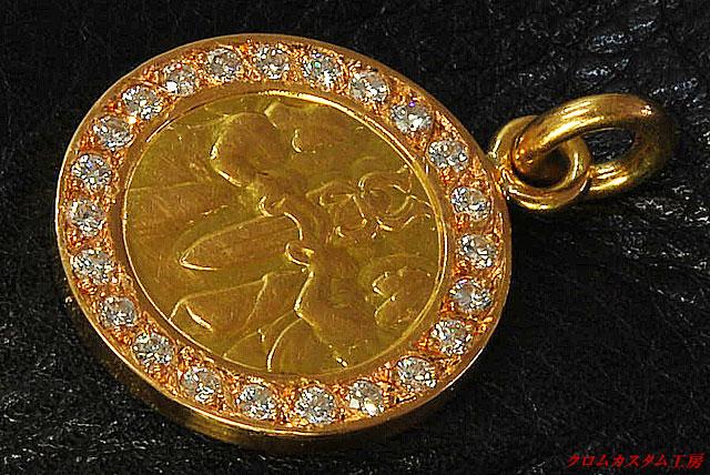 エンジェルメダルチャーム 22Kゴールドにダイヤモンドをパヴェセッティングしました。