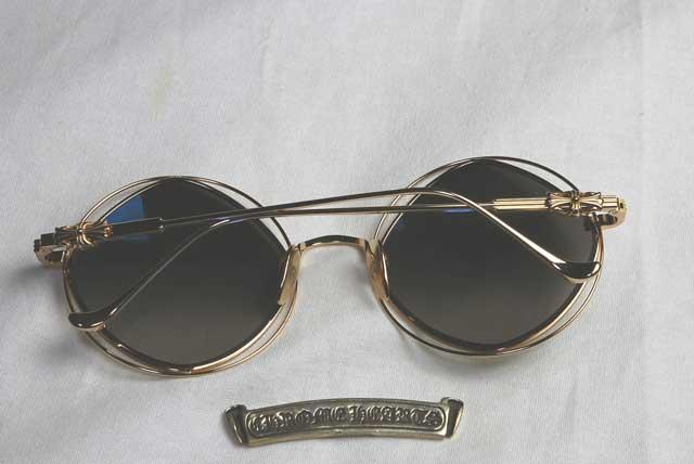 カスタム前のサングラス