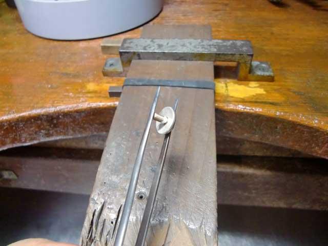 シルバー製のネジを自作してロウ付けします